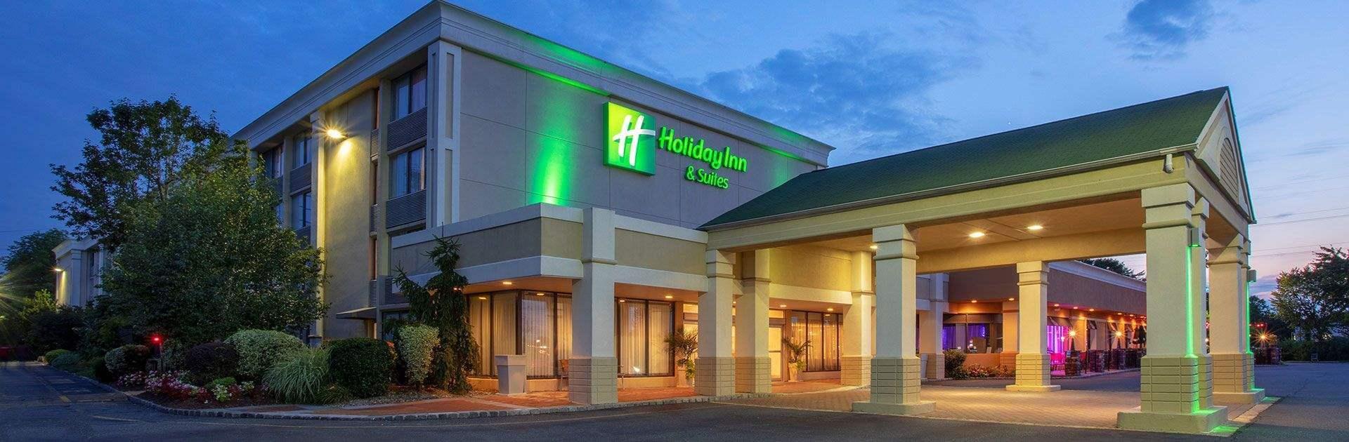 Holiday Inn & Suites Parsippany Fairfield